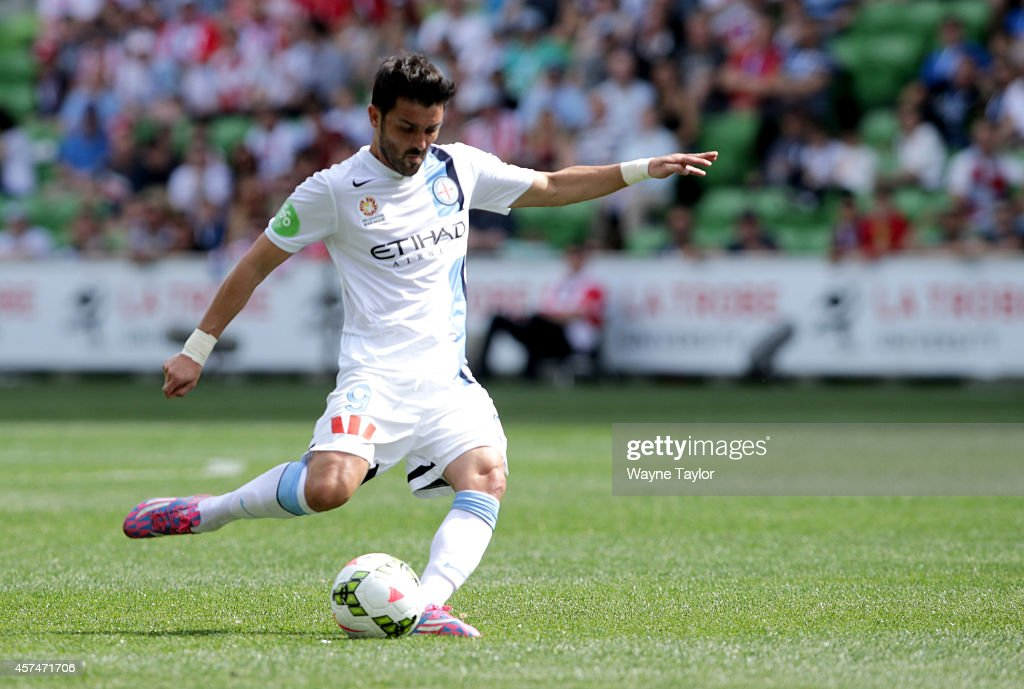A-League Rd 2 - Melbourne v Newcastle : Nachrichtenfoto