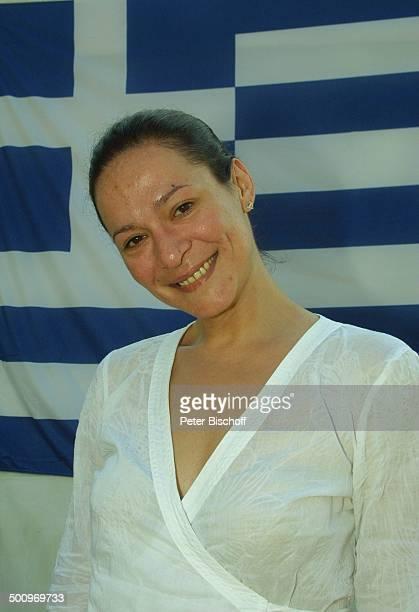 Athen 2004 Die Gala V i c k y L e a n d r o s präsentiert die ARDOlympiaShow Athen/Griechenland Tempel des olympischen Zeus Sänger Promi PNr 696/2004...