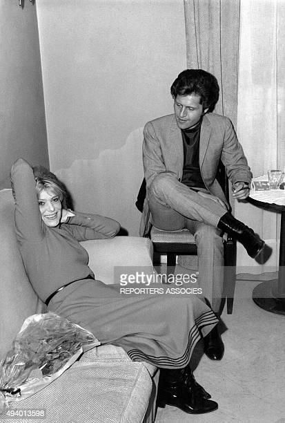 Melina Mercouri et Joe Dassin circa 1965