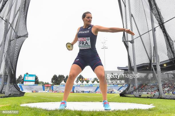 Melina RobertMichon of France competes in the Women's Discus Throw Final during day two of the European Athletics Team Championships at the Lille...