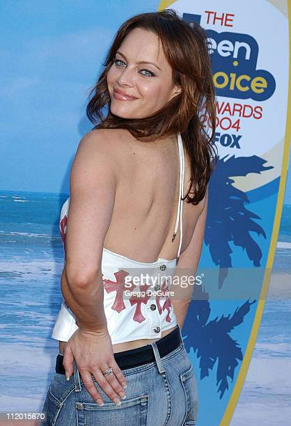 Melinda Clarke during The 2004 Teen Choice Awards Arrivals at Universal Ampitheatre in Universal City California United States