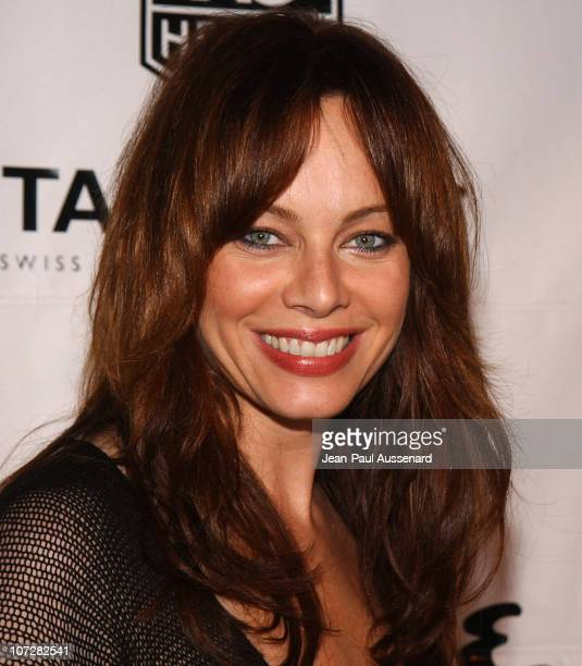 Melinda Clarke during The Cast of The OC at Esquire House Los Angeles to Benefit Young Storytellers Program Arrivals at Esquire House Los Angeles in...