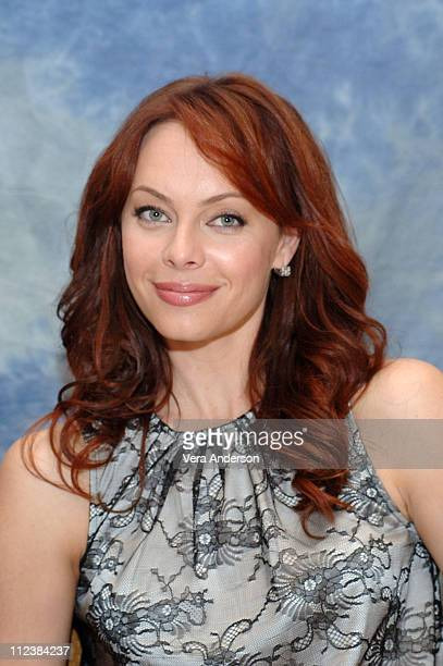 Melinda Clarke during The OC Press Conference with Mischa Barton Rachel Bilson Adam Brody Ben McKenzie Peter Gallagher Kelly Rowan and Melinda Clarke...