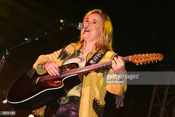 "Melissa Etheridge at ""One World, One Child Benefit Concert"" for the Children's Health Environmental Coalition honoring Meryl Streep, Nell Newman and..."