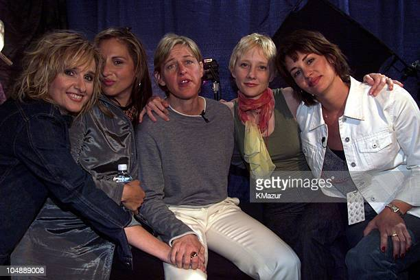Melissa Etheridge Kathy Najimy Ellen DeGeneres Anne Heche Melissa's partner Julie Cypher backstage