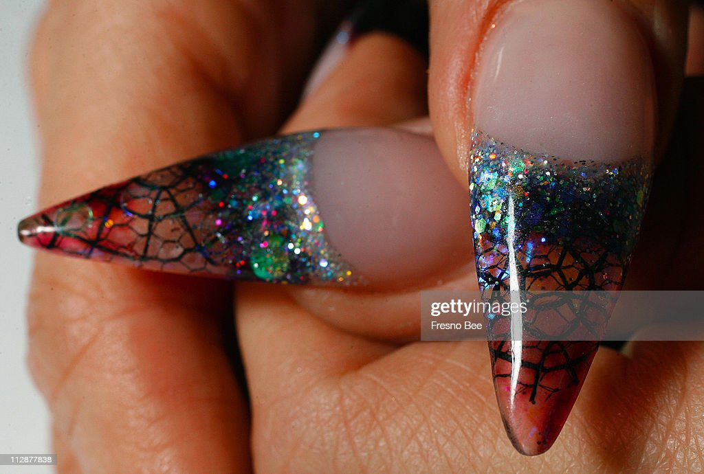 Melissa Garcia\'s Rockstar nails are composed of liquid art, Pictures ...