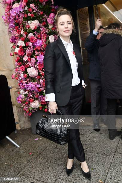 Melissa George is seen arriving at Schiaparelli Fashion show during Paris Fashion Week Haute Couture Spring/Summer 2018 on January 22 2018 in Paris...