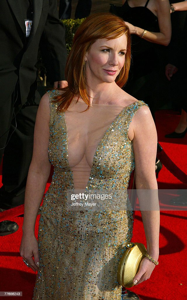 9th Annual Screen Actors Guild Awards - Arrivals : News Photo