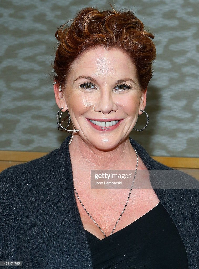 "Melissa Gilbert Signs Copies Of Her Children's Book ""Daisy And Josephine"" : Foto jornalística"