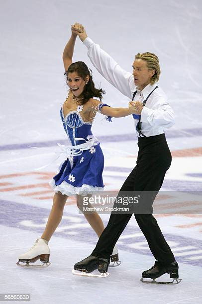 Melissa Gregory and Denis Petukhov skate in the Compulsory Dance program during the 2006 State Farm U.S. Figure Championships at the Savvis Center on...