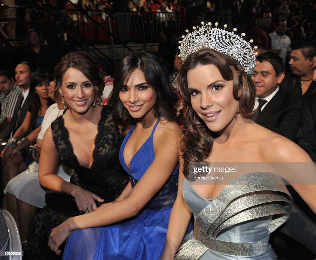 2010 Premio Lo Nuestro a La Música Latina Awards - Backstage and Audience
