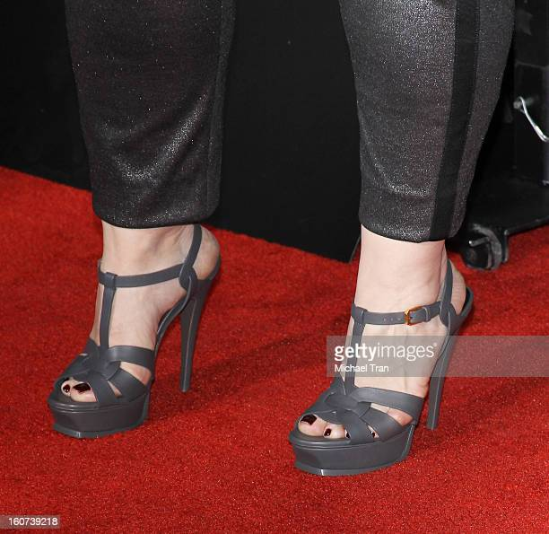 """Melissa McCarthy arrives at the Los Angeles premiere of """"Identity Thief"""" held at Mann Village Theatre on February 4, 2013 in Westwood, California."""