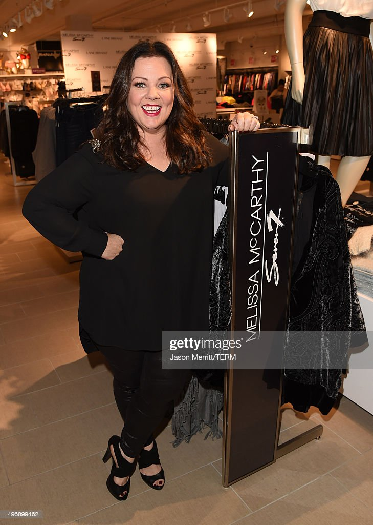 Melissa McCarthy At Lane Bryant In Los Angeles Debuting Her Seven7 Holiday Collection