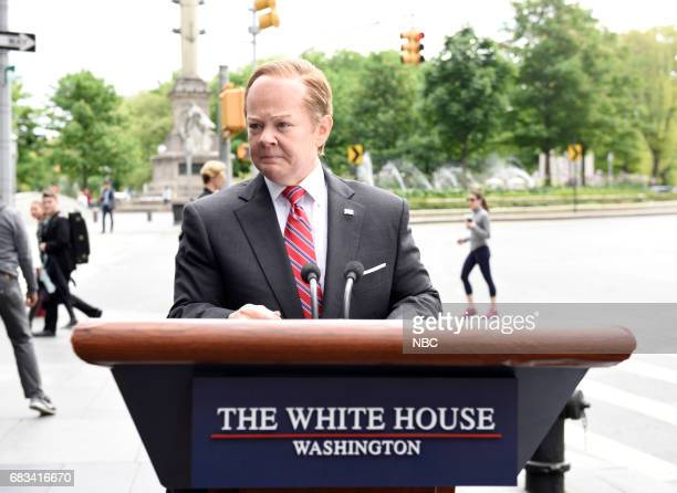 LIVE 'Melissa McCarthy' Episode 1724 Pictured Melissa McCarthy as White House Press Secretary Sean Spicer during 'Spicer Returns'