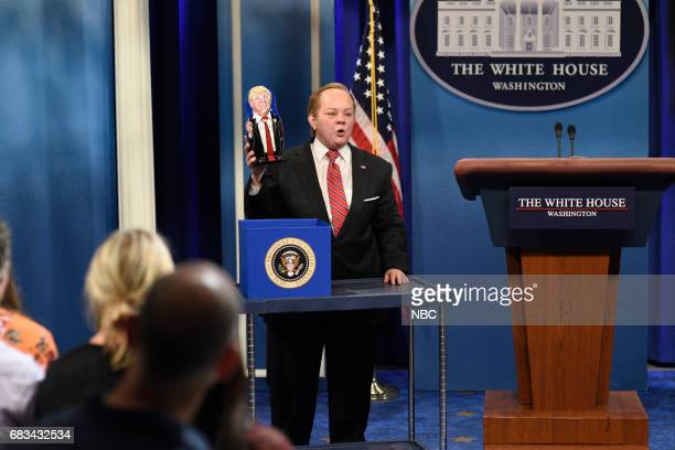 LIVE Melissa McCarthy Episode 1724 Pictured Melissa McCarthy as White House Press Secretary Sean Spicer during Spicer Returns in Studio 8H on May 13...