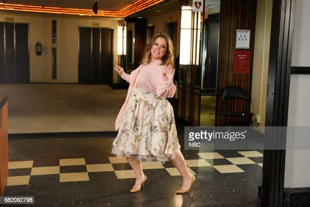 LIVE Melissa McCarthy Episode 1724 Pictured Melissa McCarthy poses for promos backstage in Studio 8H on May 9 2017