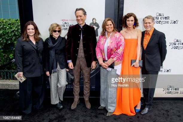 Melissa McCarthy Jane Curtin Richard E Grant Anna Deavere Smith Dolly Wells and Stephen Spinella attend the 'Can You Ever Forgive Me' New York...