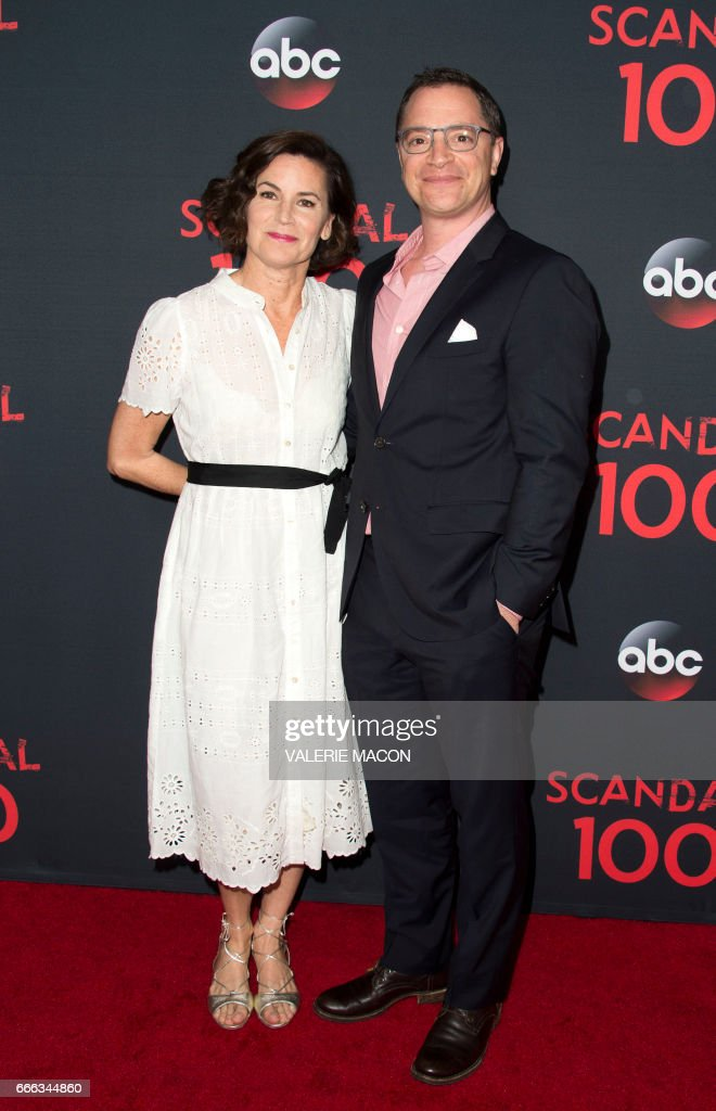 ENTERTAINMENT-US-TELEVISION-SCANDAL 100TH EPISODE CELEBRATION : News Photo
