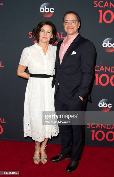 Melissa Merwin and actor Joshua Malina attend the Scandal 100th Episode Celebration on April 8 2017 in West Hollywood California / AFP PHOTO /...