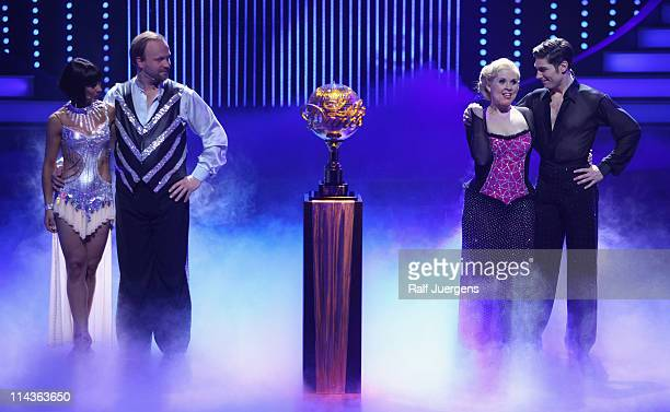 Melissa OrtizGomez Moritz A Sachs Maite Kelly and Christian Polanc perform during final of the 'Let's Dance' TV show at Coloneum on May 18 2011 in...