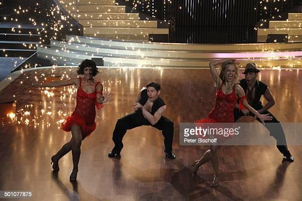 """Melissa Ortiz-Gomez und Sarah Latton sowie Massimo Sinató und Christian Polanc , Viertelfinale der 4.Staffel der RTL-Tanzshow """"Let's Dance"""", Köln,..."""