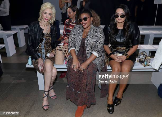 Melissa Vale Greivy and Sarah Gallazzi attend the Nicole Miller front row during New York Fashion Week The Shows at Gallery II at Spring Studios on...