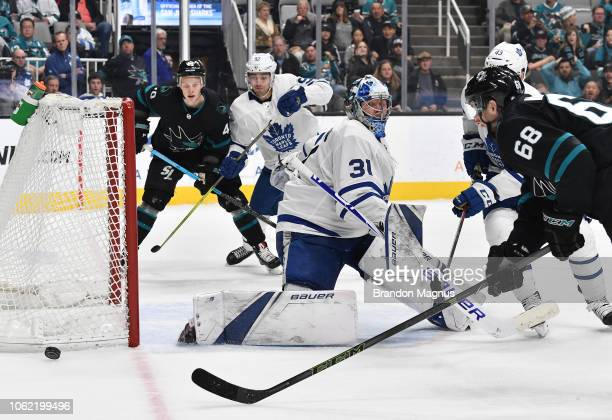 Melker Karlsson of the San Jose Sharks drives to the net on Frederik Andersen of the Toronto Maple Leafs at SAP Center on November 15 2018 in San...