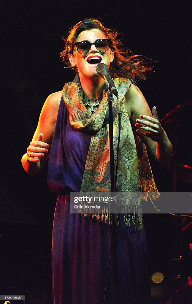 Melody Gardot Perform In Istanbul