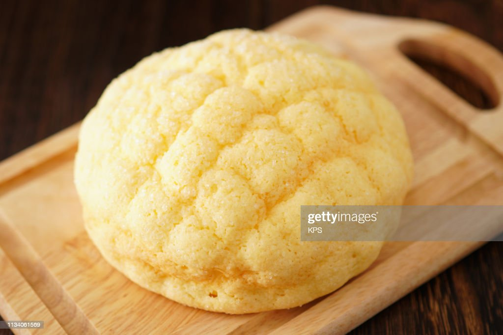 Melon-flavored bun : Stock Photo