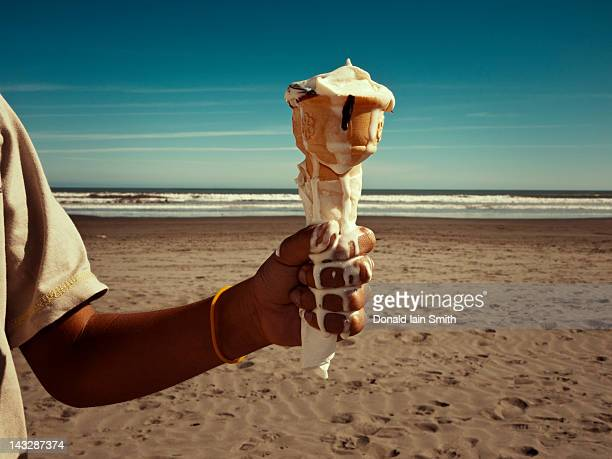 melt - melting stock pictures, royalty-free photos & images