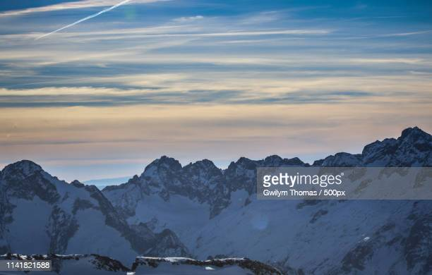 melting mountains - chemtrails stock-fotos und bilder