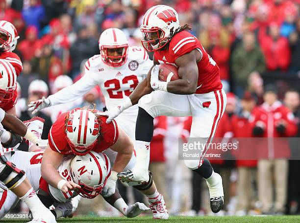 Melvin Gordon of the Wisconsin Badgers runs the ball against the Nebraska Cornhuskers at Camp Randall Stadium on November 15 2014 in Madison Wisconsin