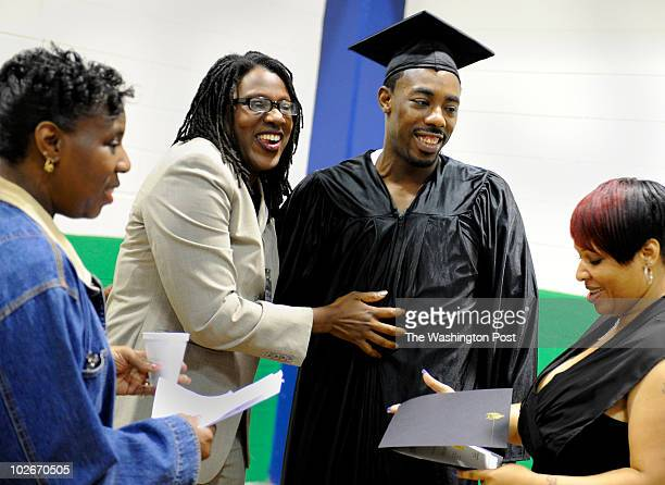 Melvin Parks took and passed the GED test in prison His mother Vanessa Parks left sister Yvette Williams second from left and fiancee Nakia Barnes...