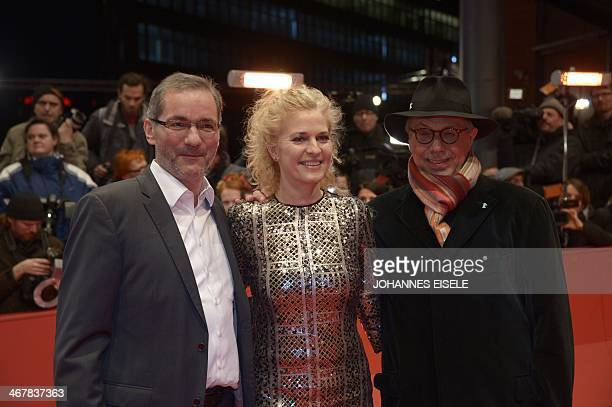 SPD member Matthias Platzeck his wife Jeanette Jesorka and Berlinale festival director Dieter Kosslick arrive on the red carpet for the screening of...