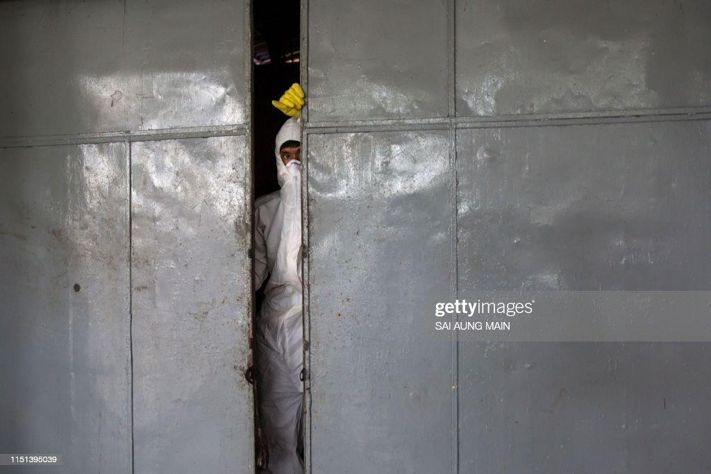 TOPSHOT-MYANMAR-HEALTH : News Photo
