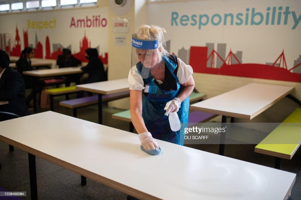 BRITAIN-HEALTH-VIRUS-SCHOOLS : News Photo
