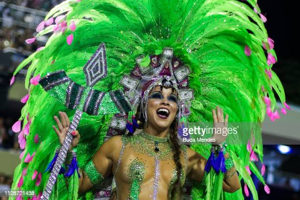 A member of Mangueira Samba School performs during the parade at 2019 Brazilian Carnival at Sapucai Sambadrome on March 04 2019 in Rio de Janeiro...