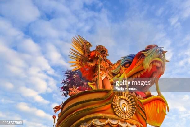 A member of Mocidade Independente de Padre Miguel Samba School performs during the parade at 2019 Brazilian Carnival at Sapucai Sambadrome on March...