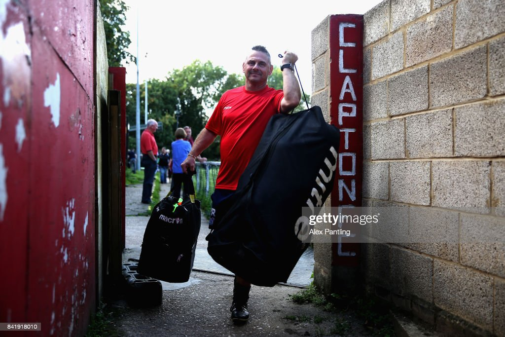 Clapton v Needham Market The Emirates FA Cup Qualifying First Round : News Photo
