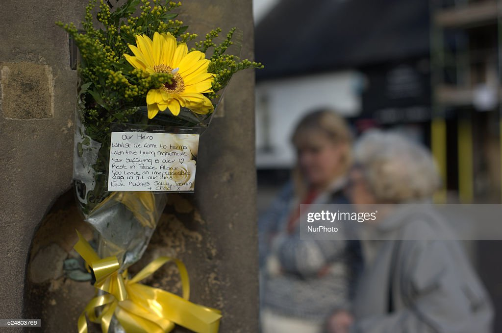 "Floral Tribute to Alan ""Gadget"" Henning : Nieuwsfoto's"