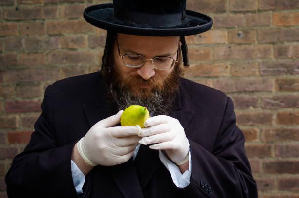 GBR: London's Jewish Community Prepare For Yom Kippur