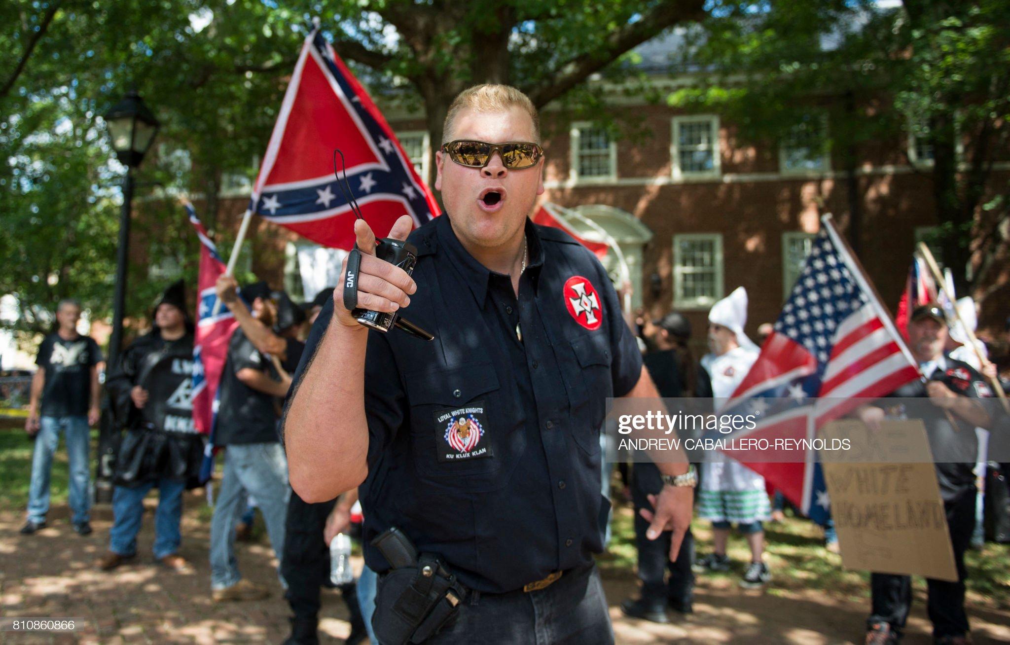 TOPSHOT-US-RACISM-POLICE-SOCIAL : News Photo