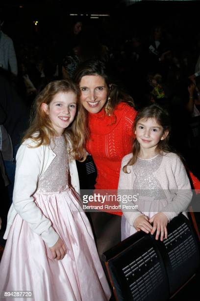 Member of the 'Reve d'enfants' committee Florine Asch with her daughters Iris and Flore attend the 32th 'Reve d'Enfants' Charity Gala at Opera...
