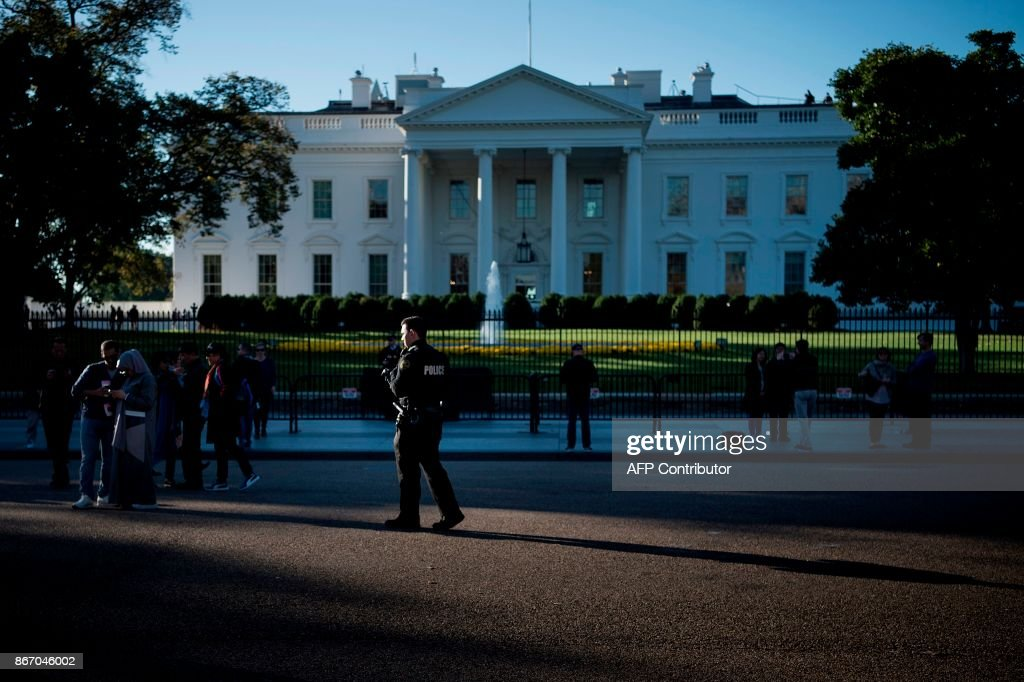 US-POLITICS-WHITE HOUSE-SECURITY : News Photo