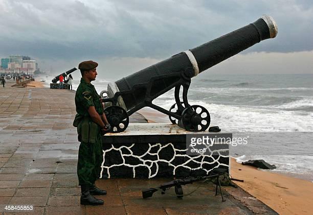 member of the sri lankan army - sri lanka commando stock photos and pictures
