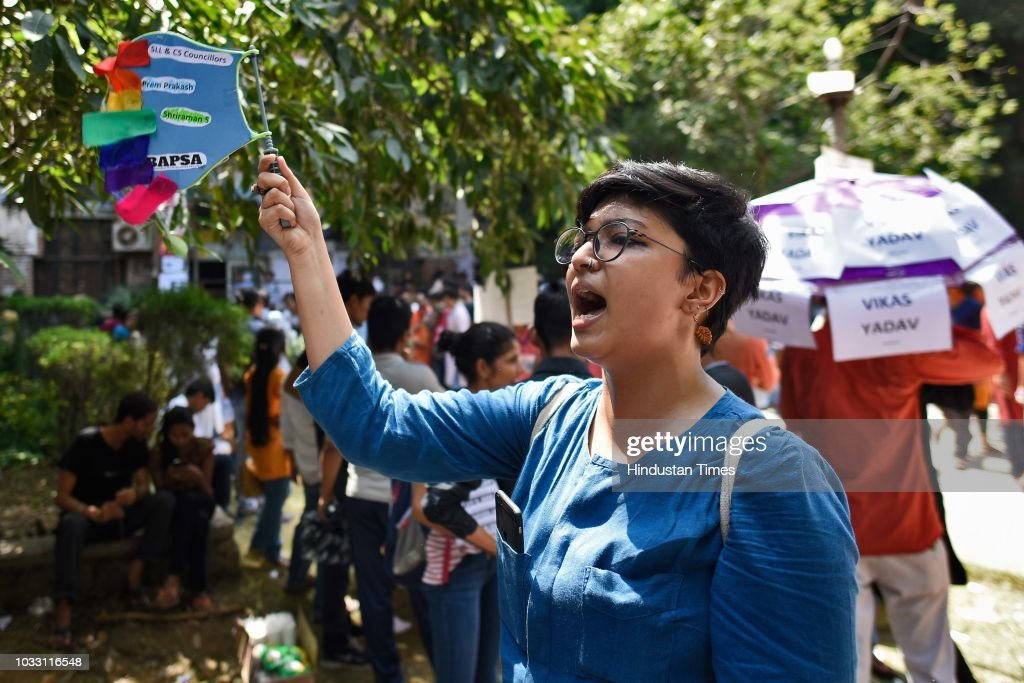 A member of the Students' Union shouts slogans in support of candidates during Jawaharlal Nehru University (JNU) Students Union Elections, at the JNU campus, on September 14, 2018 in New Delhi, India. The Left-backed All India Students' Association, Students Federation of India, Democratic Students Federation and All India Students Federation have come together to form the United-Left alliance, which has fielded N Sai Balaji as its presidential candidate. The NSUI has fielded Vikas Yadav for the president's post. The RSS-affiliated Akhil Bharatiya Vidyarthi Parishad (ABVP) has fielded Lalit Pandey for the president's post.