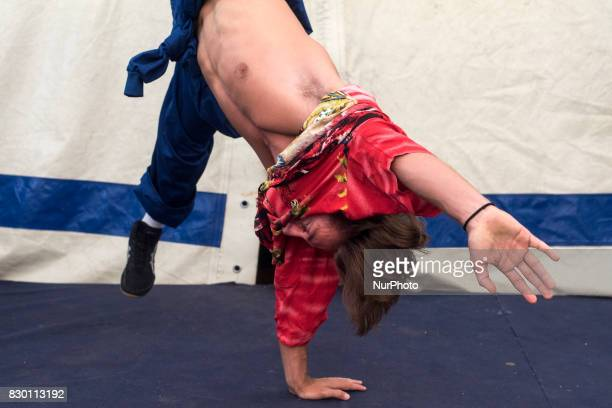 A member of the trio Arte Algo of Korean table training before starting his number in the adrenaline circus show Quimera On 10 August 2017 in...