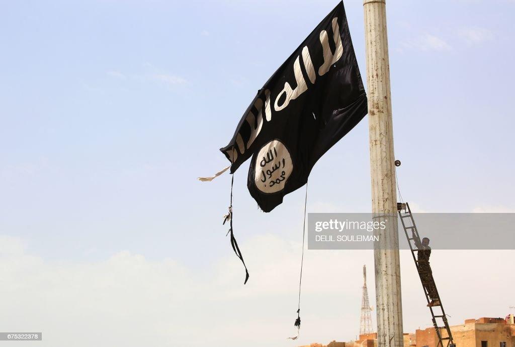 SYRIA-CONFLICT-KURDS-TABQA : Fotografia de notícias