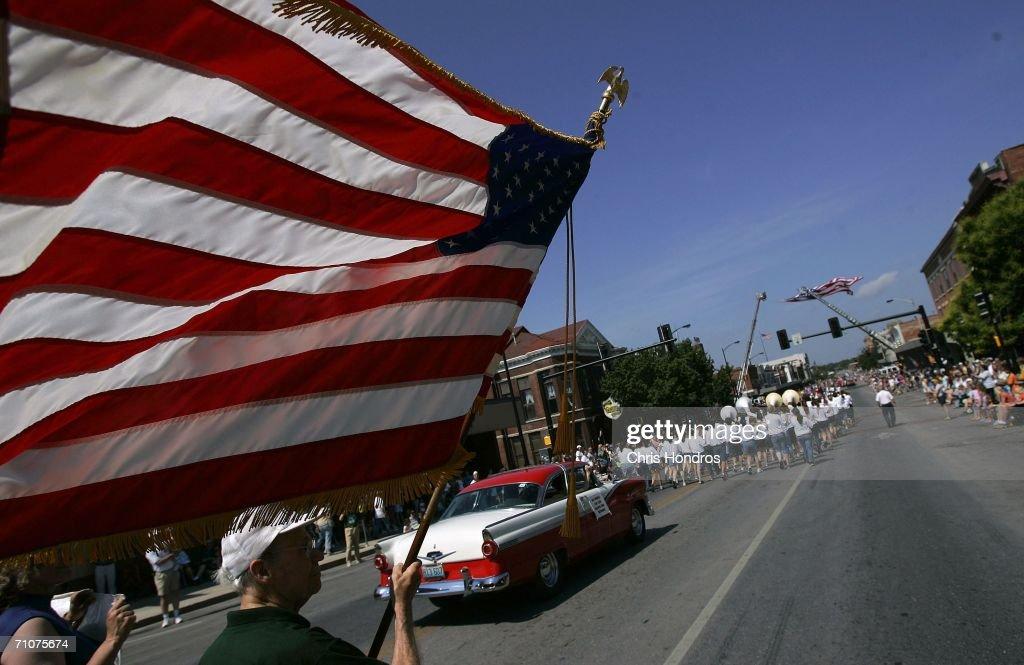 americans celebrate memorial dayの写真およびイメージ ゲッティ