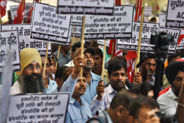 IND: Transport Associations Protest Against Motor Vehicles Act